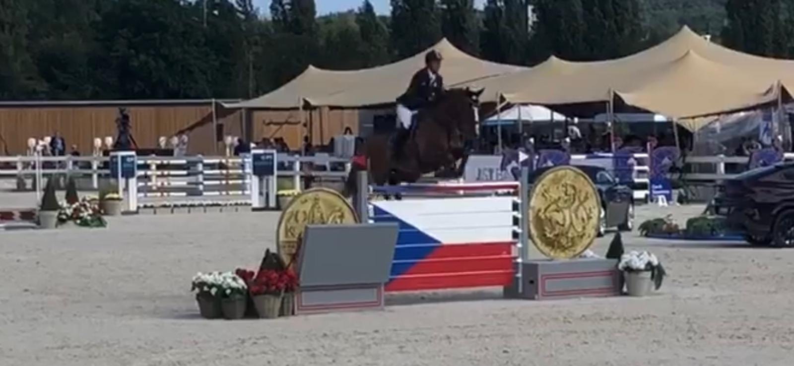 Peter Engelbrecht und sein Pferd Ultimus in Prag